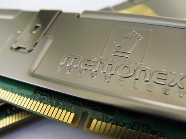 معرفی Memonex DDRII 800 2*1GB
